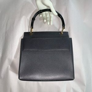 authentic GUCCI gray pebbled leather TRAPEZE BAG